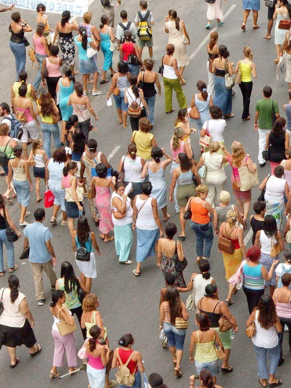 people-193359_1280.jpg