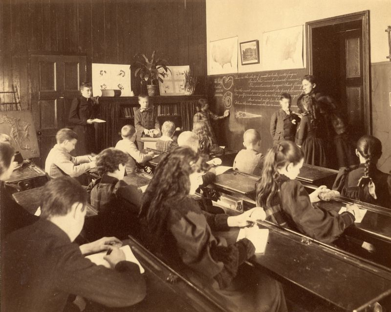 Reading Class: Pearly Nautilus. Sixth Grade. 9 University Place. Teachers College. (Date Not Known)