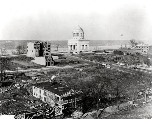 Horace Mann School. View Toward The Hudson From The School. Teachers College. (Ca. 1902) .jpeg